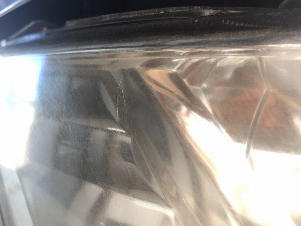 ヘッドライトのマイクロクラック