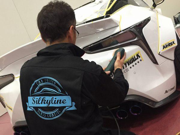 東京オートサロン2018 リバティウォーク LC-500 ワークスエディション 出張磨き